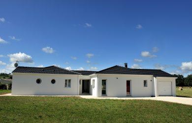 Construction maison traditionnel – Maisons Omega
