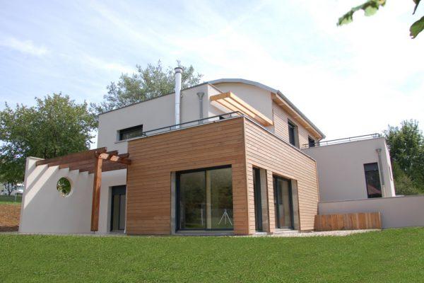 Maison rocbrune maison rocbrune with maison rocbrune for Classement constructeur maison