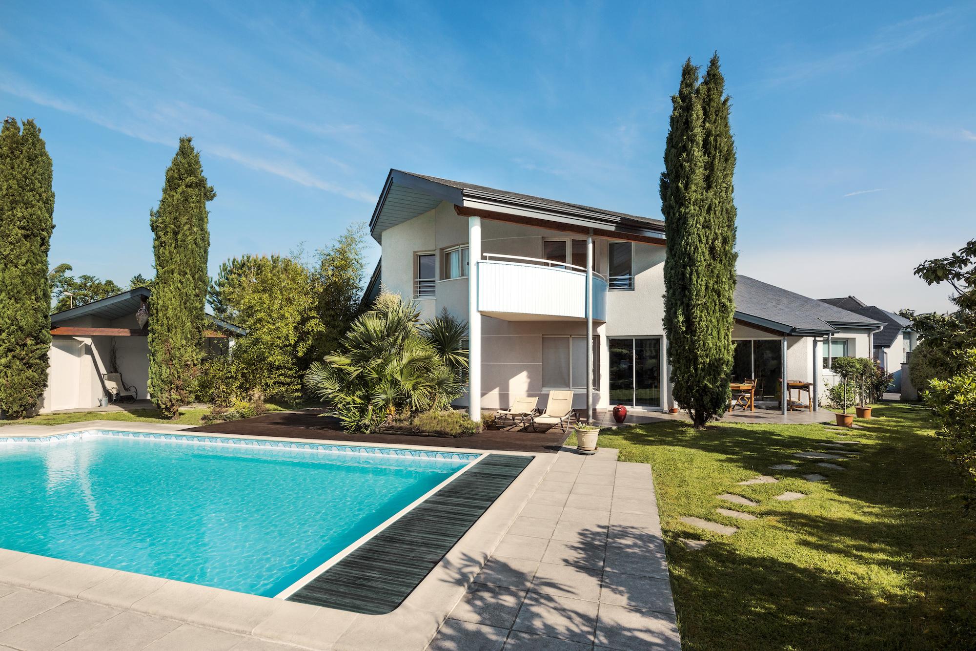 Maisons aquitaine constructeur agr maisons de qualit for Constructeur de maison hautes pyrenees
