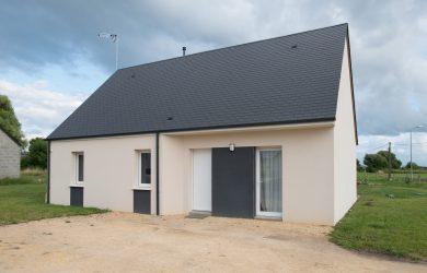 Charmante maison dans un village de caractère, Restigné (37)