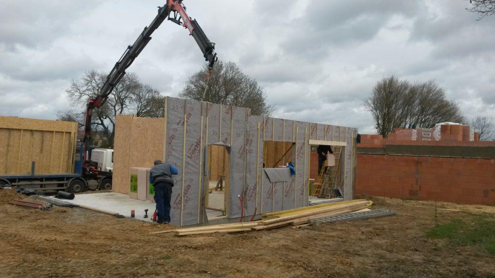 construction d 39 une maison bois cologique rouillon pr s. Black Bedroom Furniture Sets. Home Design Ideas